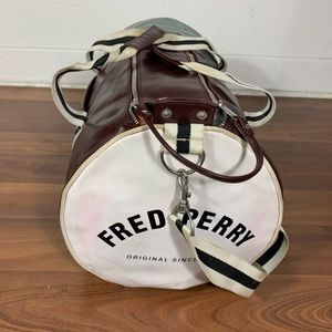 Fred Perry sport bag